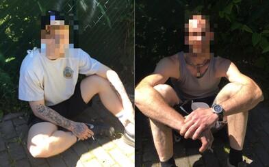 Policista venčil cvičeného psa, načapal muže při krádeži motorky. Zloději se feny zalekli a ochotně počkali na zatčení