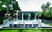 Polovina nádherné a elegantní vily uprostřed Londýna je vystavěna pod zemí