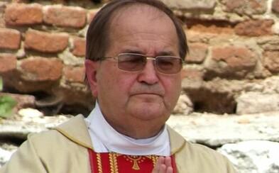"""Poľský kňaz obhajoval krytie pedofílie v cirkvi slovami: """"A kto nie je v pokušení?"""" Nakoniec sa musel ospravedlniť"""