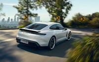 Porsche vylepšilo elektrický Taycan. Nyní je ještě rychlejší a inteligentnější