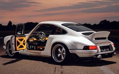 Porsche z roku 1990 přetavili v úchvatné dílo. Srdce požitkářů plesají