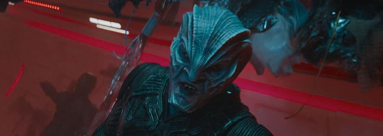 Posádka Enterprise to naplno roztočila a Star Trek Beyond sa tak právom stáva najlepším blockbusterom leta (Recenzia)