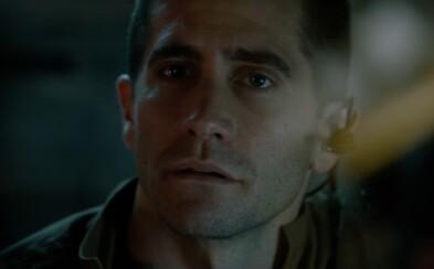 Posádka vesmírnej stanice na čele s Gyllenhaalom a Reynoldsom skúma neznámu formu života v ďalších atraktívnych záberoch zo sci-fi Life