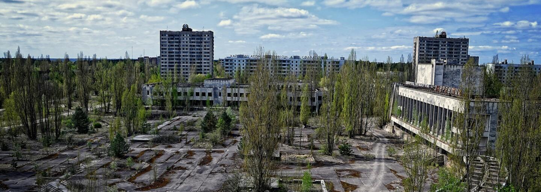 Poškodený sarkofág vybuchnutého černobyľského reaktora prekryli kupolou za 1,5 miliardy eur