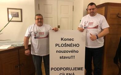 Poslanec Lubomír Volný se stane youtuberem. Jeho profil na Facebooku je prý pod náporem žádostí o přátelství
