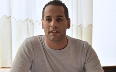 Poslanec OĽaNO Herák je obvinený zo zneužitia maloletej osoby. Tvrdenia odmietol, vraví, že je to blud