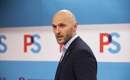 Poslanec Taraba vyzýva na narušenie manifestácie Progresívneho Slovenska, kde na mieste pichnú záujemcom vakcínu