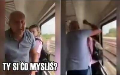 Postarší Slovák počas cesty vlakom napadol mladé britské študentky. Tie boli nútené s krikom opustiť kupé