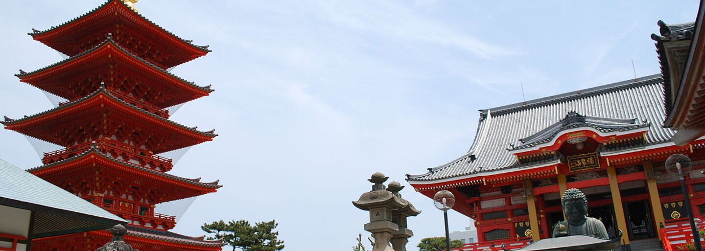 Posvátný japonský ostrov, kam mají ženy vstup zakázán a muži se při příjezdu musí svléknout, se dostal mezi světové dědictví UNESCO