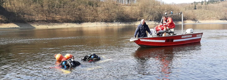 Potápěči v uplynulém týdnu našli ve vodní nádrži Orlík tři mrtvá těla