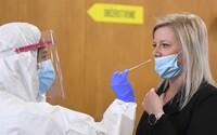 Povinné antigénové testovanie na Slovensku sa môže skončiť. Konzílium odborníkov chce zmeniť COVID automat