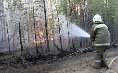 Požiare na Sibíri už pohltili lesy o rozlohe Grécka, dymový oblak je už väčší ako Európska únia