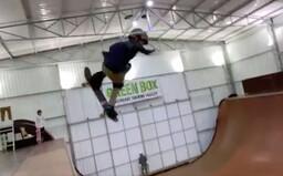 Pozri si video, ako 11-ročný chlapec prekonal rekord Tonyho Hawka