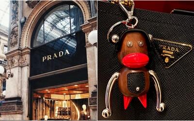 Prada čelí obvinění z rasismu. Luxusní značka vytvořila figurky opic, které měly znázorňovat černošskou tvář