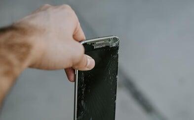 Prasknutý LCD displej - je nutné vymeniť celý diel?