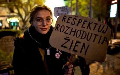 Právo plodu nemôže byť nadradené právu žijúcej ženy, hovorí aktivistka za reprodukčné práva žien (Rozhovor)