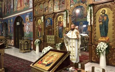 Pravoslávna cirkev na Slovensku chce naďalej vykonávať bohoslužby vrátane bozkávania ikon či prijímania z jedného kalicha