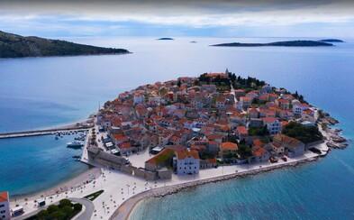 Prázdne pláže, ľudia zväčša bez rúšok a prudký nárast prípadov. Náš kolega bol týždeň v Chorvátsku.