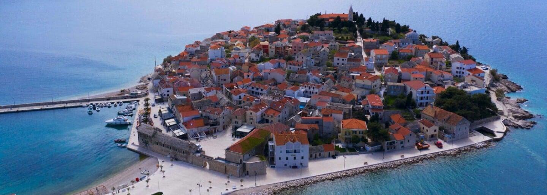 Prázdne pláže, ľudia zväčša bez rúšok a prudký nárast prípadov. Náš kolega bol týždeň v Chorvátsku