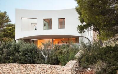 Prázdninové sídlo na vrchole Baleárskych ostrovov, do ktorého by sme sa najradšej ihneď presťahovali