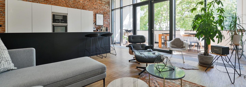 Pražské bývanie za viac než milión eur je až prekvapivo útulné a osobné