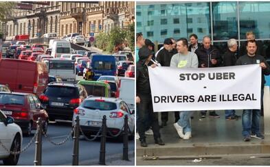 Pražští taxikáři příští týden zablokují dopravu v hlavním městě. V žaludku jim leží UBER i primátorka Krnáčová