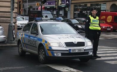 Pražští policisté obvinili prvního člověka ze schvalování teroristického útoku na mešity. Hrozí mu až 15 let