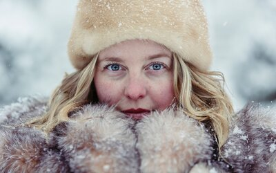 Prečo je ženám väčšia zima ako mužom? Existuje hneď niekoľko dôvodov
