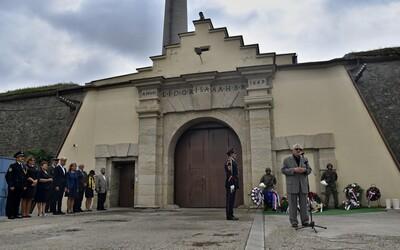 Před 30 lety skončila vzpoura v leopoldovské věznici. Potlačily ji až stovky policistů, vojáků a dozorců