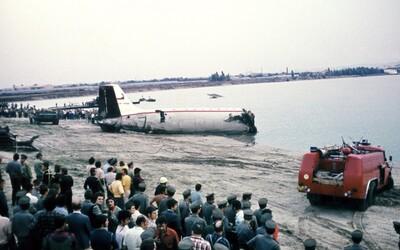 """Pred 45 rokmi padlo na Zlaté piesky lietadlo so 79 ľuďmi. """"Bolo to ako apokalypsa,"""" hovorí muž, ktorý bol pri nehode medzi prvými"""