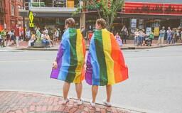 Pred ľuďmi pod 18 rokov sa v Maďarsku nebude môcť rozprávať o LGBTI komunite