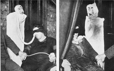 Pred rituálmi s mŕtvymi sa vyzliekla do naha. Bola poslednou britskou čarodejnicou alebo podvodníčkou?