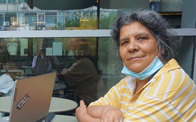 Predajkyňa Notabene Oľga: Tri roky som strávila na ulici, cez deň sme sa chodili schovávať do ružinovskej nemocnice (Rozhovor)