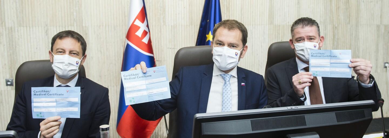 Prehľad zmien: Kam nemôžeš cestovať so svojím certifikátom, pre koho platí zákaz vychádzania a za čo hrozí pokuta 1659 eur?