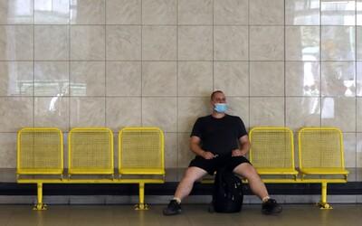 PŘEHLEDNĚ: Nová opatření proti koronaviru se dotknou restaurací, barů, koncertů, sportovních akcí nebo třeba kadeřnictví