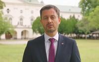 Premiér Heger vyzýva v novom videu na očkovanie. Bez neho nás čaká náročná jeseň