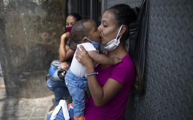 Přeplněné nemocnice v Itálii? Koronavirus se nyní šíří v zemi, kde si za měsíční plat nekoupíš ani kilo masa