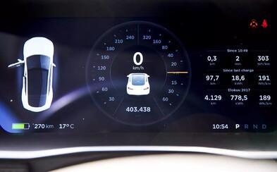 Prešiel 400-tisíc km a z kapacity batérie ubudlo iba 7 percent. Majiteľ Modelu S od Tesly zostal milo prekvapený