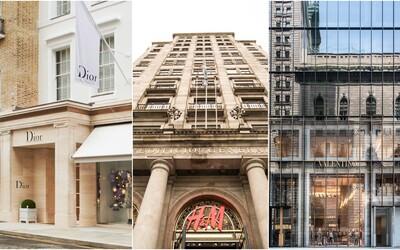 Presklená Prada či Louis Vuitton na ostrove. Najveľkolepejšie kamenné obchody svetových módnych značiek