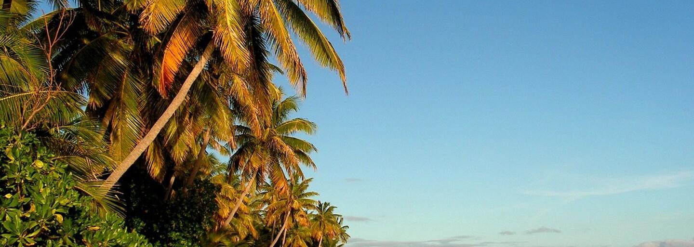 Presklený bazén v luxusnom rezorte na Fidži sa stal hitom Instagramu. Ľudia si tam fotia svoje zadky, aj keď jediná noc stojí cez 5000 eur