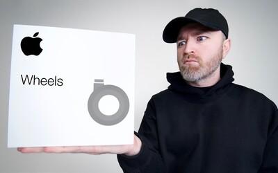 Přesně takto bychom na kolečka k Macu od Applu, která jsou dražší než kola na auto, reagovali i my