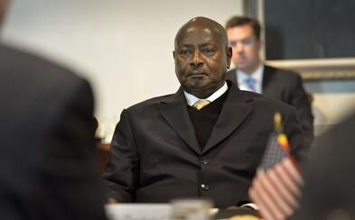 Prezident Ugandy chce zakázat orální sex. Podle jeho názoru se při takové aktivitě mohou mezi lidmi přenášet červi