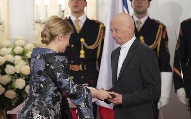 Prezidentka Zuzana Čaputová po prvýkrát udelila štátne vyznamenania. Získali ich Andrej Bán či František Mikloško