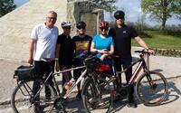 Prezidentka Zuzana Čaputová sa bola počas víkendu bicyklovať, Slováci ju v športovom outfite nespoznali