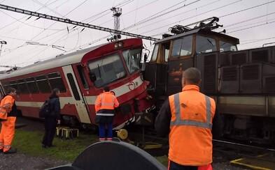 """Pri Košiciach sa zrazil osobný vlak so zálohou, ZSSK reaguje: """"Je to v keli, oba vlaky sú naše"""""""