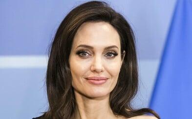 Pri natáčaní novej marvelovky našli bombu, na nakrúcaní bola vtedy aj Angelina Jolie. Miesto evakuovali