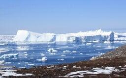 Při tání ledovců v Grónsku padl další rekord. Podle vědců se již mizení ledu nedá zvrátit