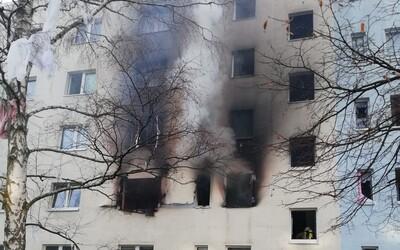 Pri výbuchu v obytnom dome v Nemecku sa zranilo najmenej 25 ľudí, explózia má prvú obeť. Nie je jasné, čo tragédiu spôsobilo