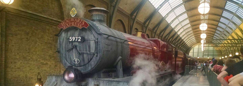 Príbeh Harryho Pottera môže skrývať nečakaný zvrat. Skalní fanúšikovia prišli s teóriou, podľa ktorej sú Ron a Dumbledore tým istým človekom