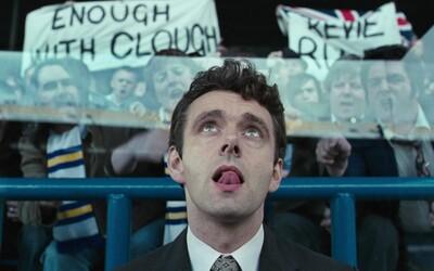 Příběh jednoho z nejkontroverznějších trenérů anglického fotbalu ožívá v perfektním dramatu The Damned United